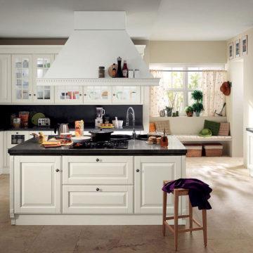 Cucina Baltimora di Scavolini in legno bianco